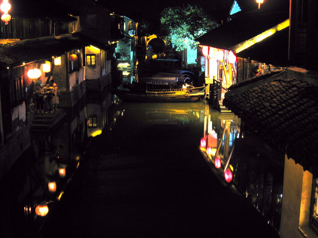 Zhouzhuang - canale by night