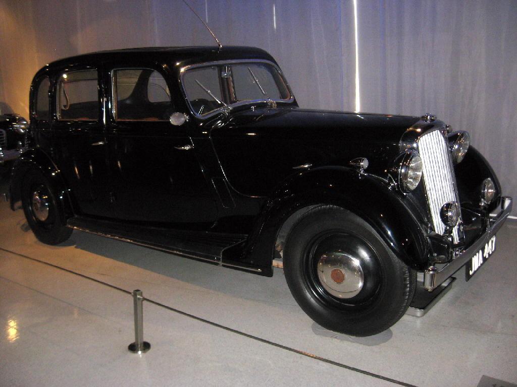 Rover 1946 HP14