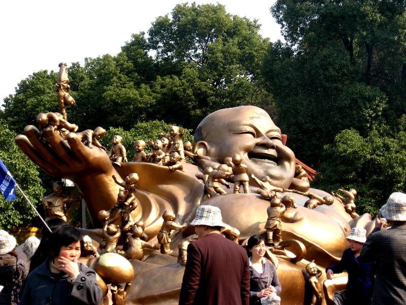 wuxi - Milofu il Buddha del futuro