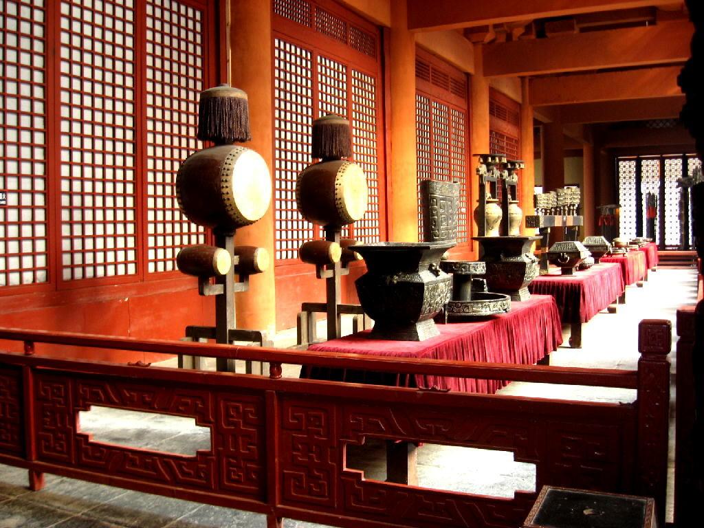 Qin - sala del trono , tamburi