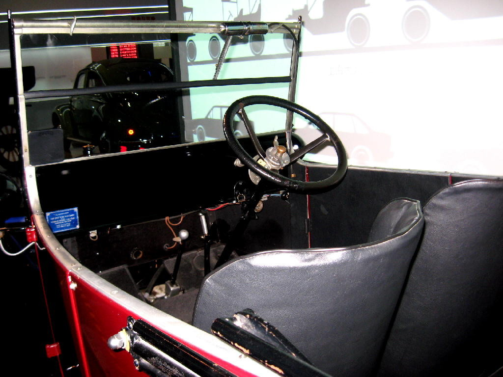 Cadillac 1906 Model M Touring Car - interno