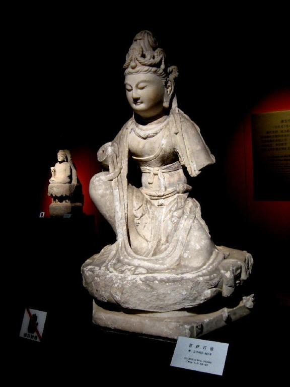 dinastia Tang 唐朝 ( 618-907DC) - bodhisatva statua in pietra