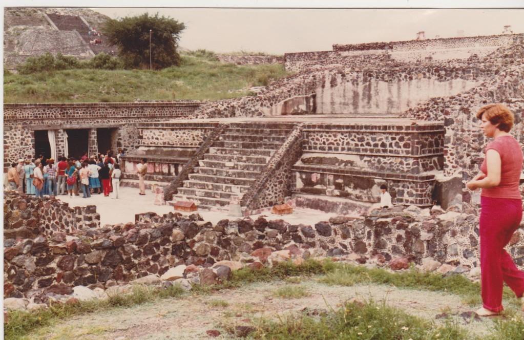Mexico - Teotihuacan - tempio stile Tolud-Tablero
