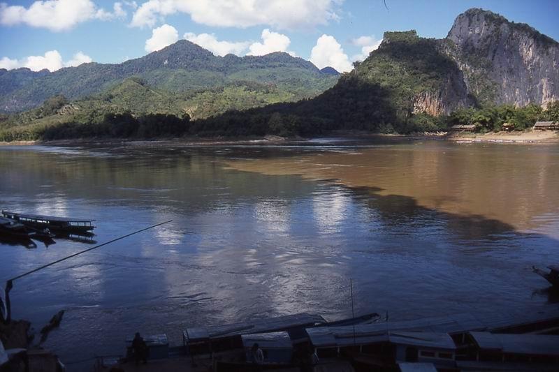 confluenza fiumi Mekong e Nam Ou