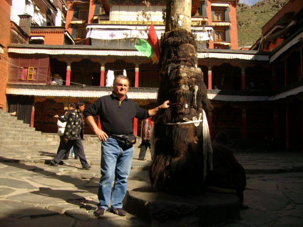 beppe cortile monastero Tashilumpo - Xigatsè