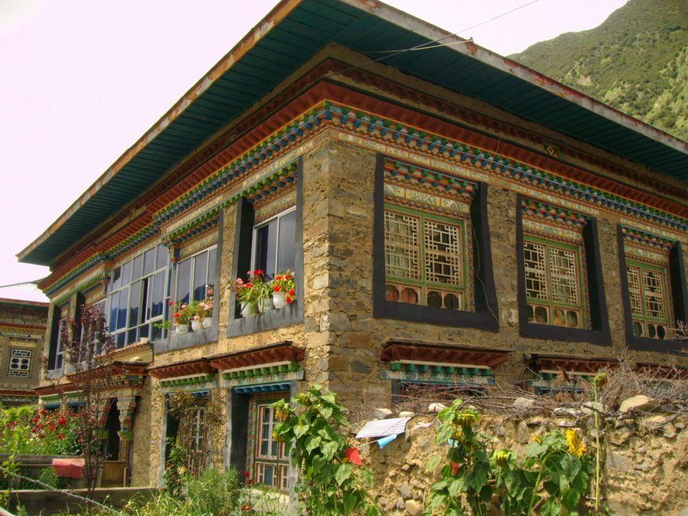 casa di villaggio tibetano