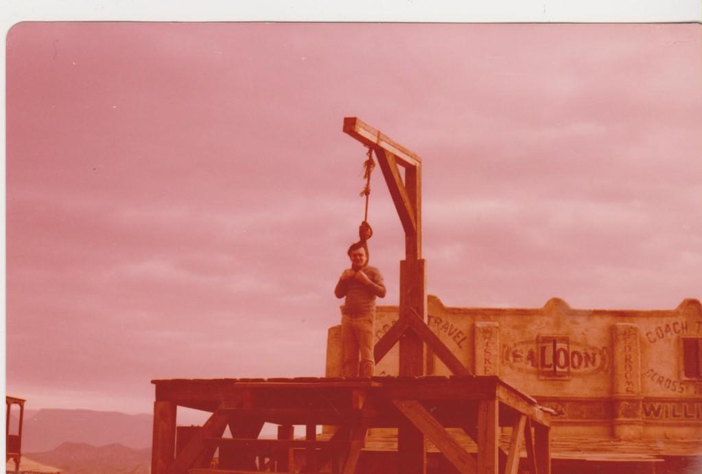 Spagna - Yucca city - corda per l'impiccato