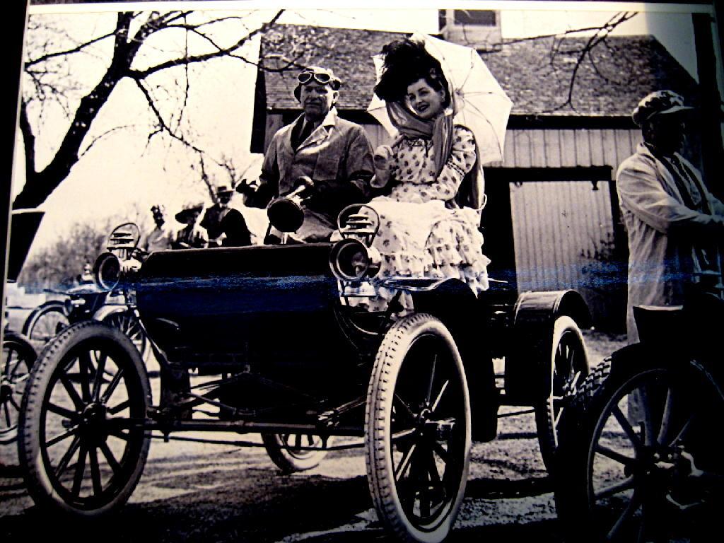 foto vita automobilistica anni '30