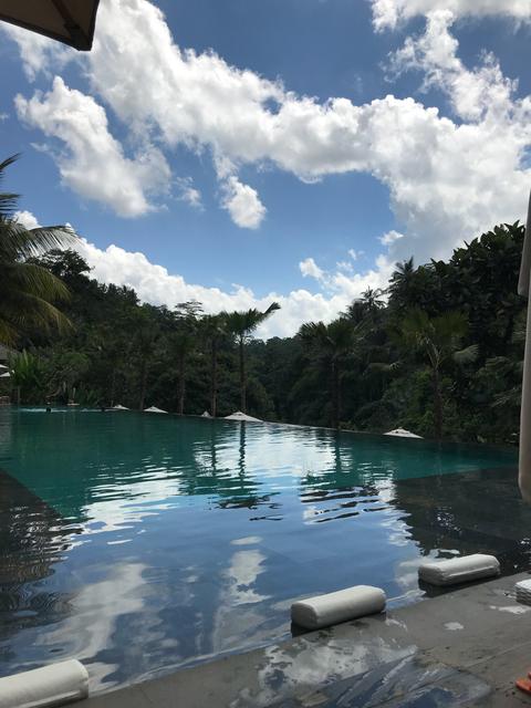 Infinity Pool, coole Mukke und einfach glücklich über alles, was hier passiert 🙏