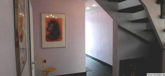 Eingangsbereich im Treppenhaus...