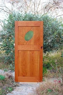 木のドア 木製玄関ドア 室内ドア 個性的 重厚