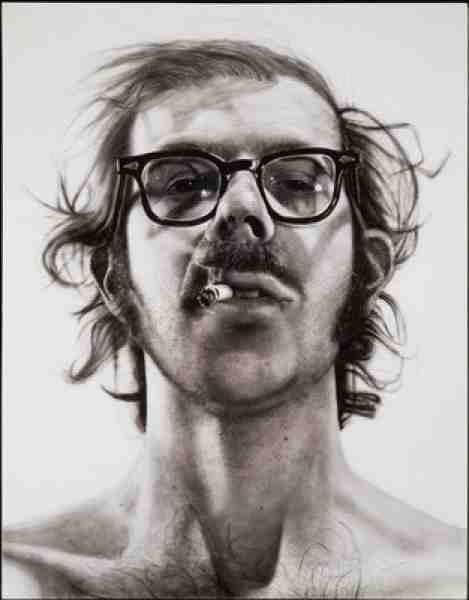 Chuck Close - Autoportrait blanc sur noir - 1978