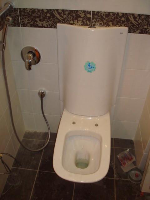 встроенный гигиенический душ