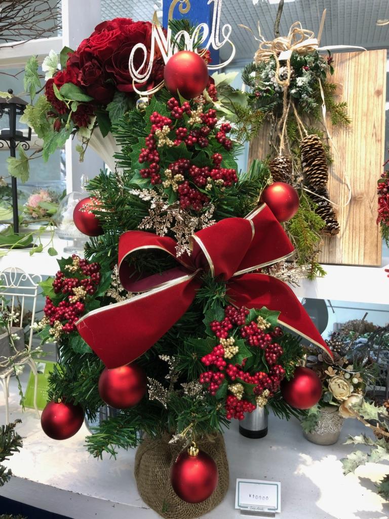 クリスマスツリー ¥10,000(税抜) お好きな雰囲気でのオーダーも承っております。