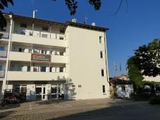 Frontansicht von Elodie Serviced Apartments im Osten von München