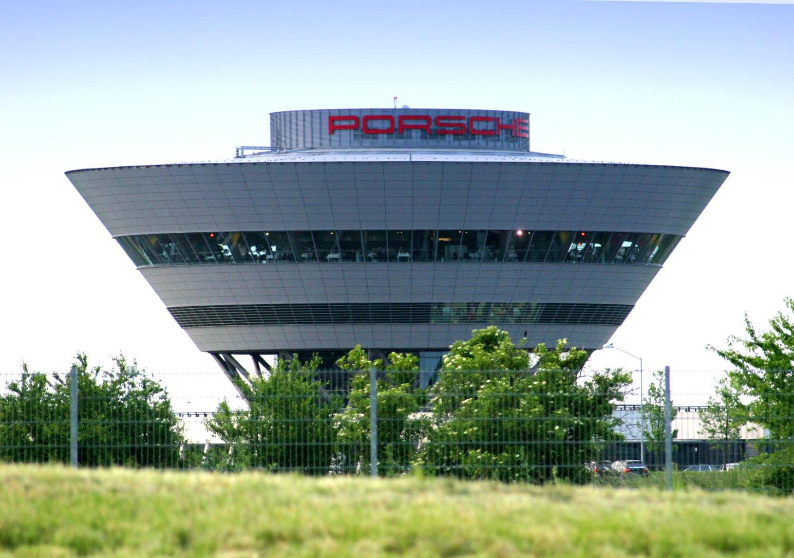 Porsche Leipzig - Geburtsort für Cayenne, Panamera und Macan