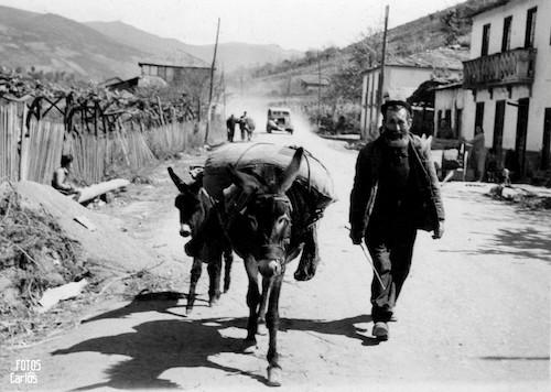 1958-La-Ribera-Camino-Feria-Carlos-Diaz-Gallego-asfotosdocarlos.com