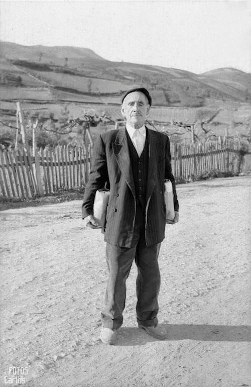 1958-Cazrballo-Hombre-Bolsas-Carlos-Diaz-Gallego-asfotosdocarlos.com