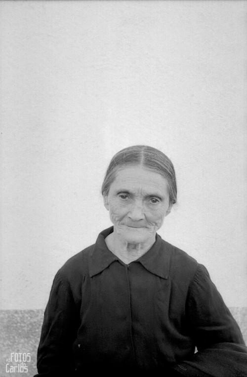 1958-retrato-anciana-Carlos-Diaz-Gallego-asfotosdocarlos.com