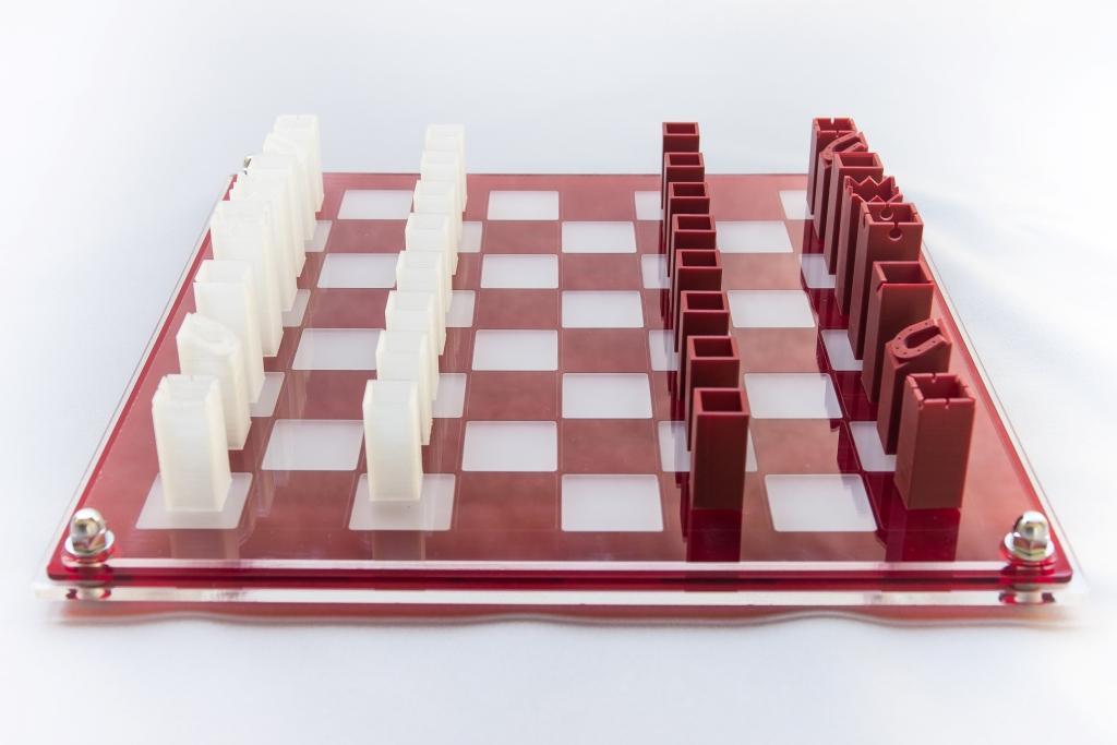 16 - jeu tube carré transparent : 125€