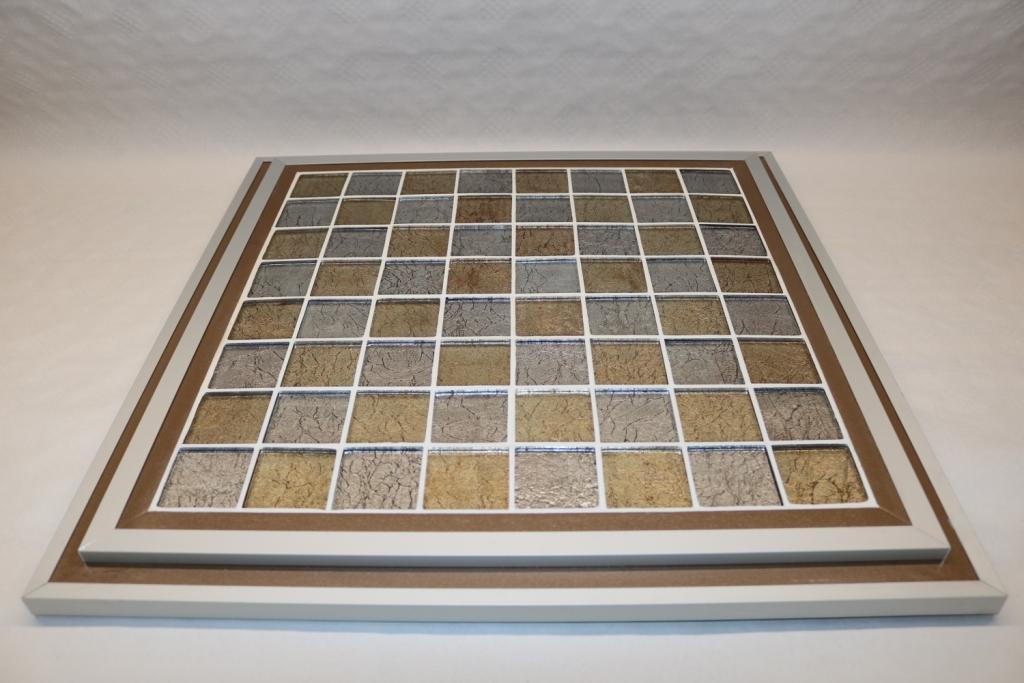 Plateau 14 Carreaux de verre sur bois : 90€