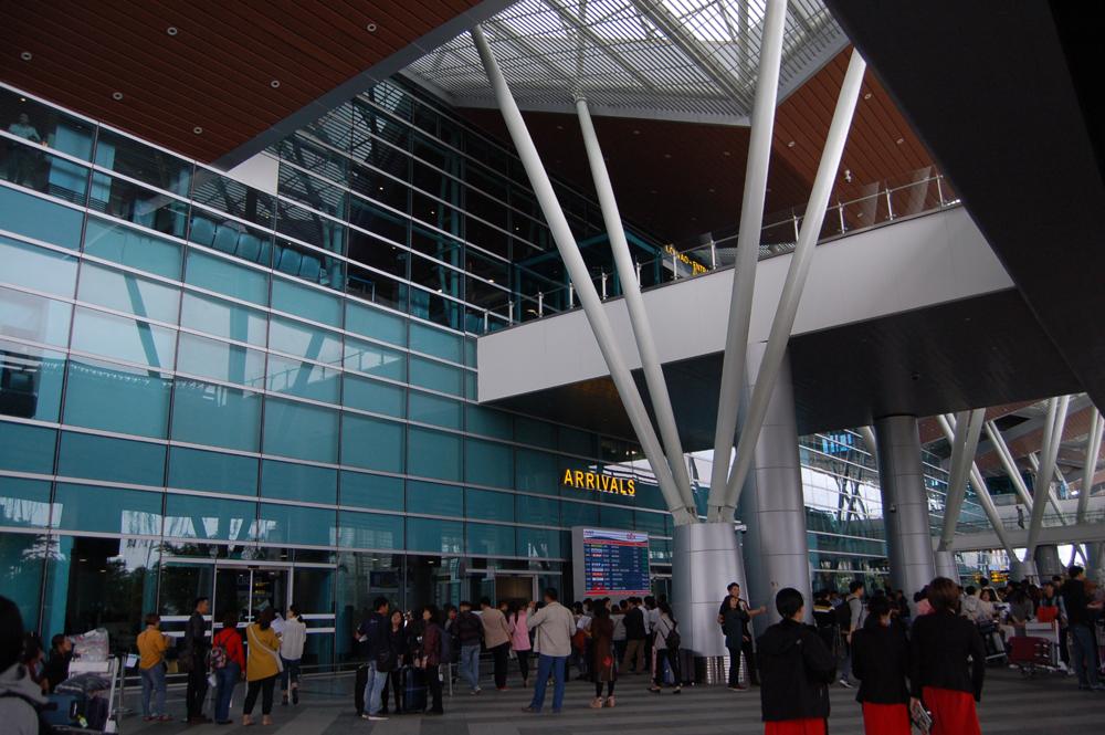 ダナン国際空港の到着ゲート。まだ新しい空港です。