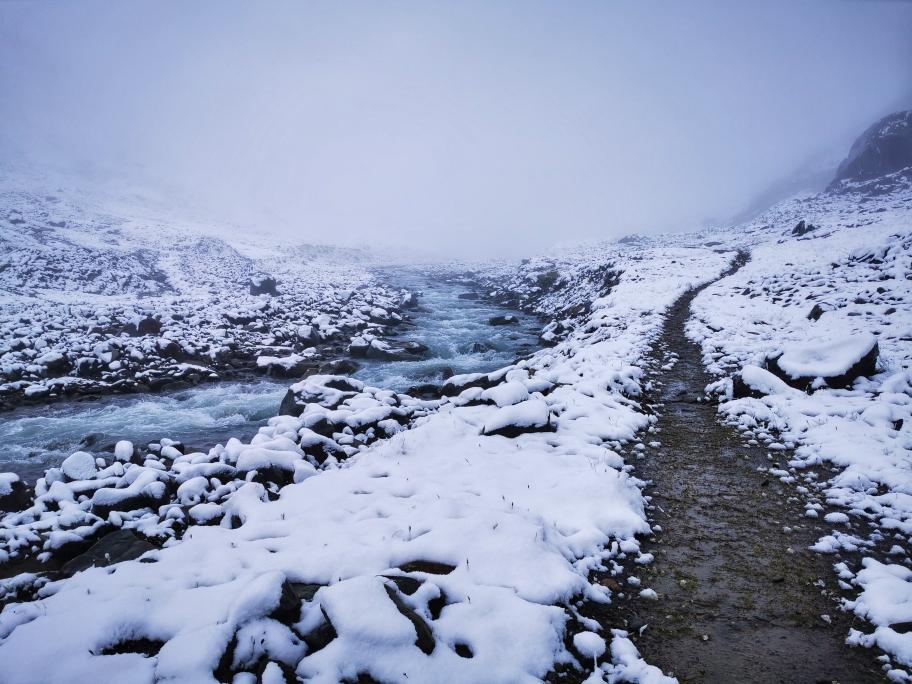 Der Weg ist weitgehend schneefrei