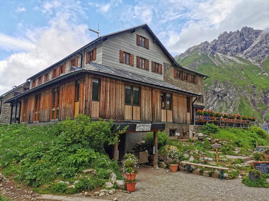 Die Kemptner Hütte auf 1.844m