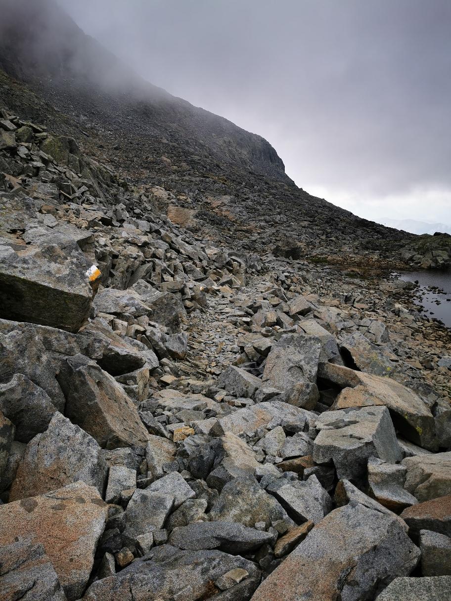 Abstieg von der Cima Laione