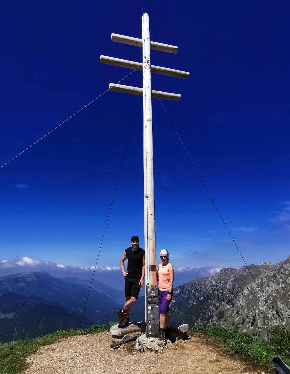Am Gipfel des Zendleser Kofel auf 2.422m