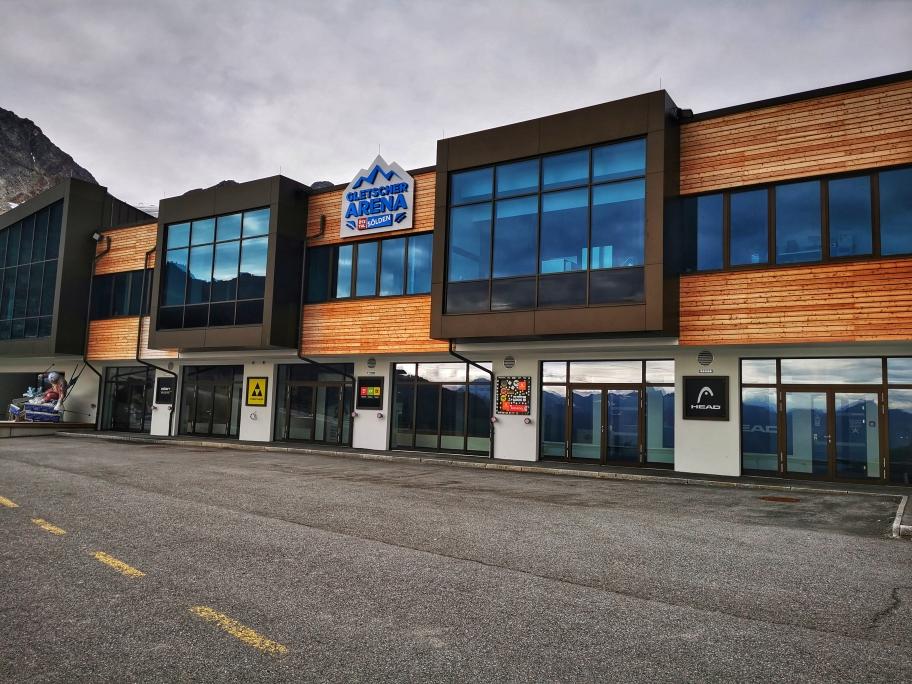 Die Söldener Gletscher Arena gibt im Sommer ein trauriges Bild ab