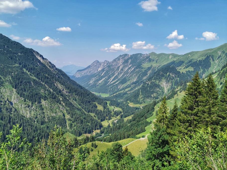 Erste Talblicke hinunter nach Oberstdorf