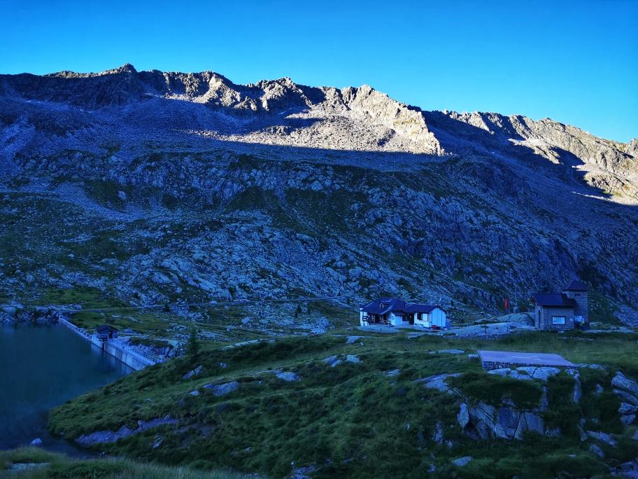 Morgens am Rifugio Serafino Gnutti