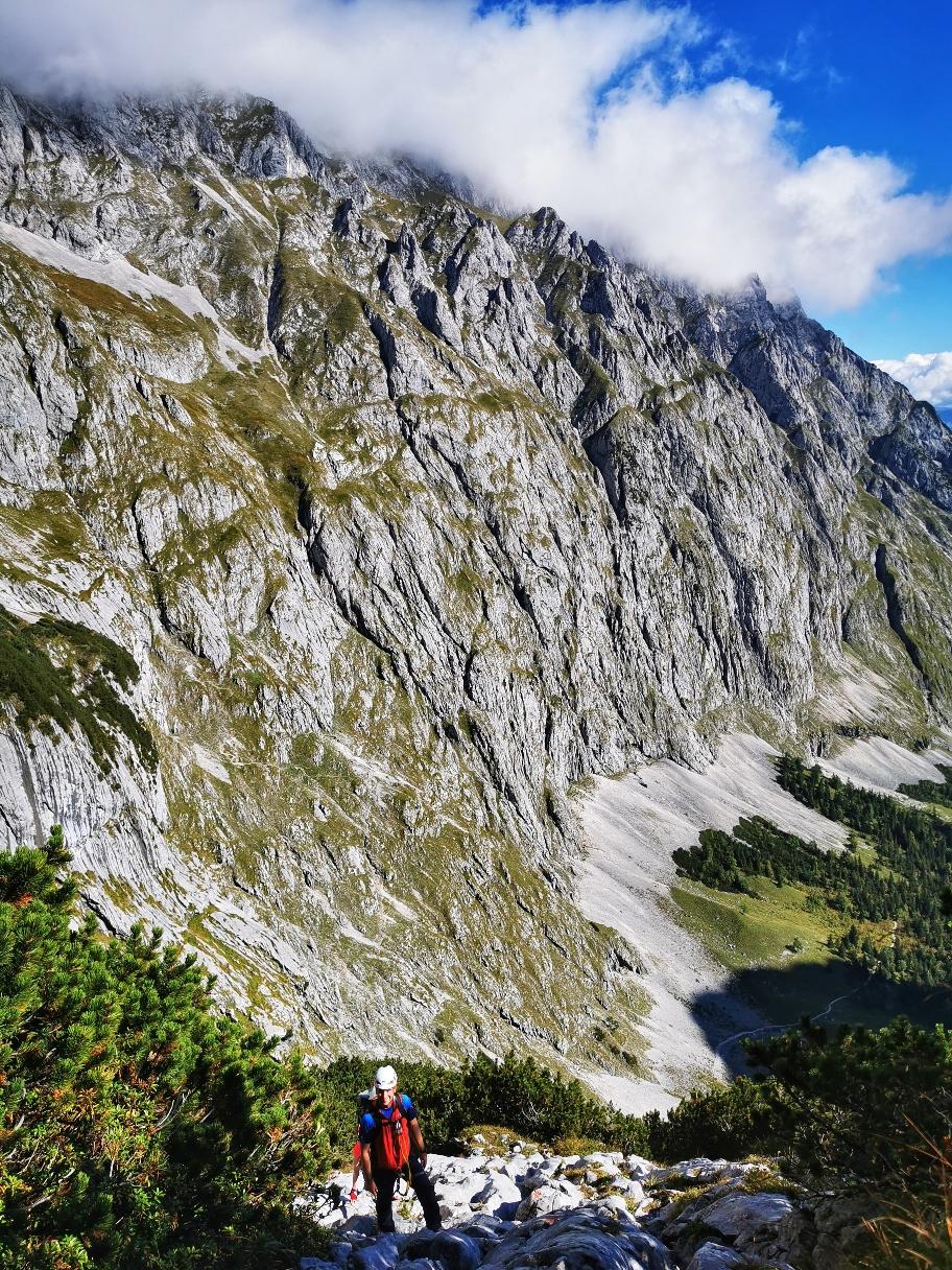 Aufstieg über Geröll im oberen Höllental