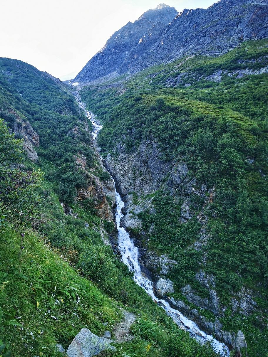 Wasserfall am Abstieg ins Pitztal