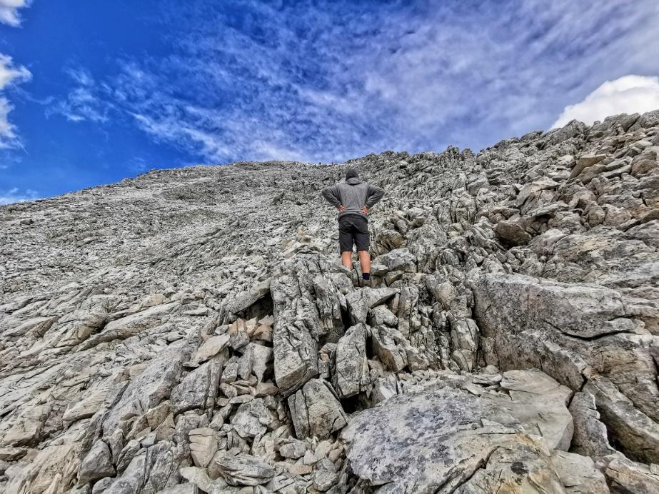 Im Gipfelbereich der Weißwandspitze, noch ist es ein Stück zu gehen