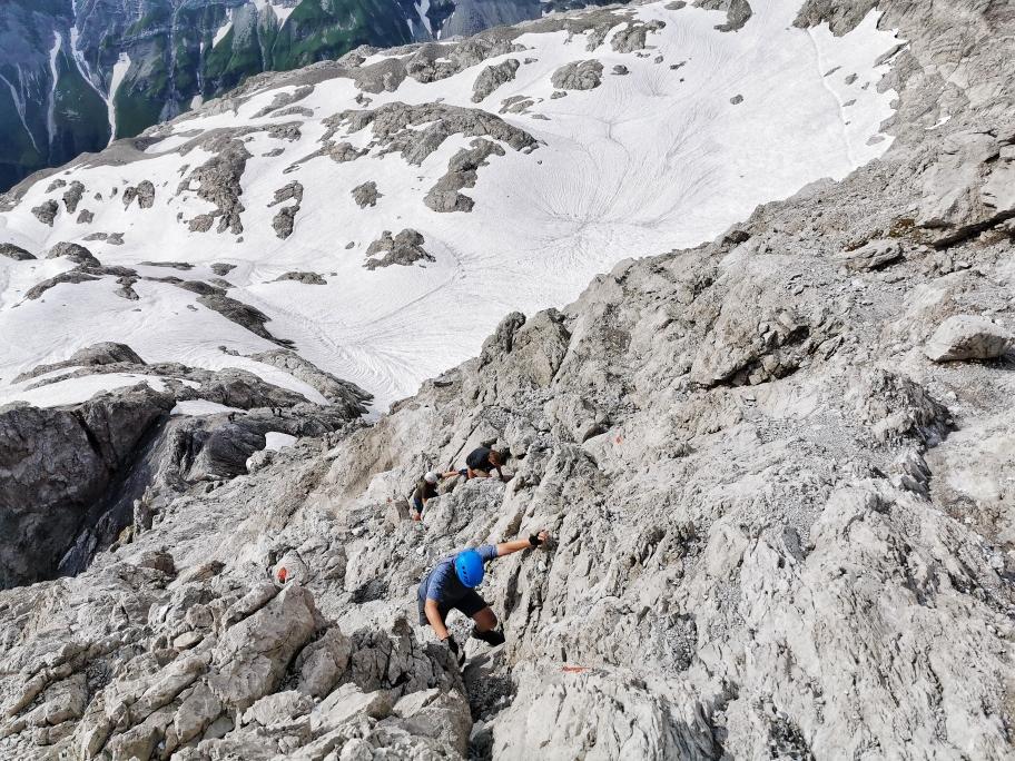 Der Gletscher liegt mittlerweile tief unter unseren Füßen