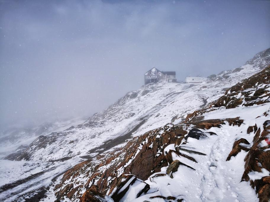 Das Rifugio Bellavista auf 2.845m kommt in Sicht