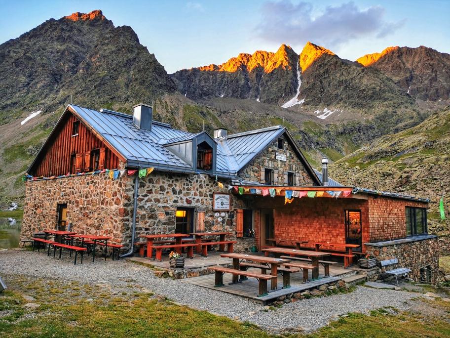 Morgens an der Winnebachseehütte