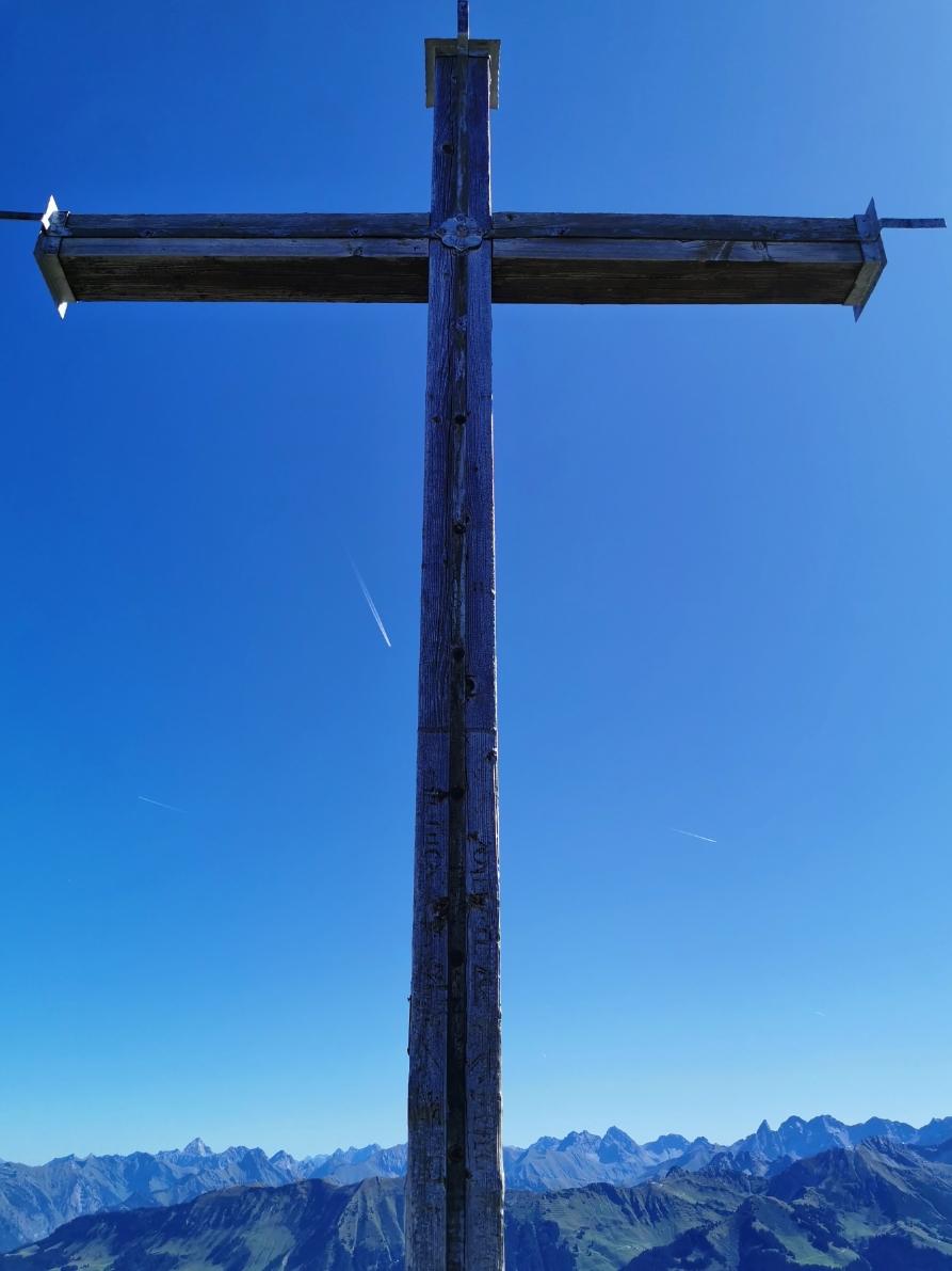 Gipfelkreuz Hahnenköpfle 2.080m