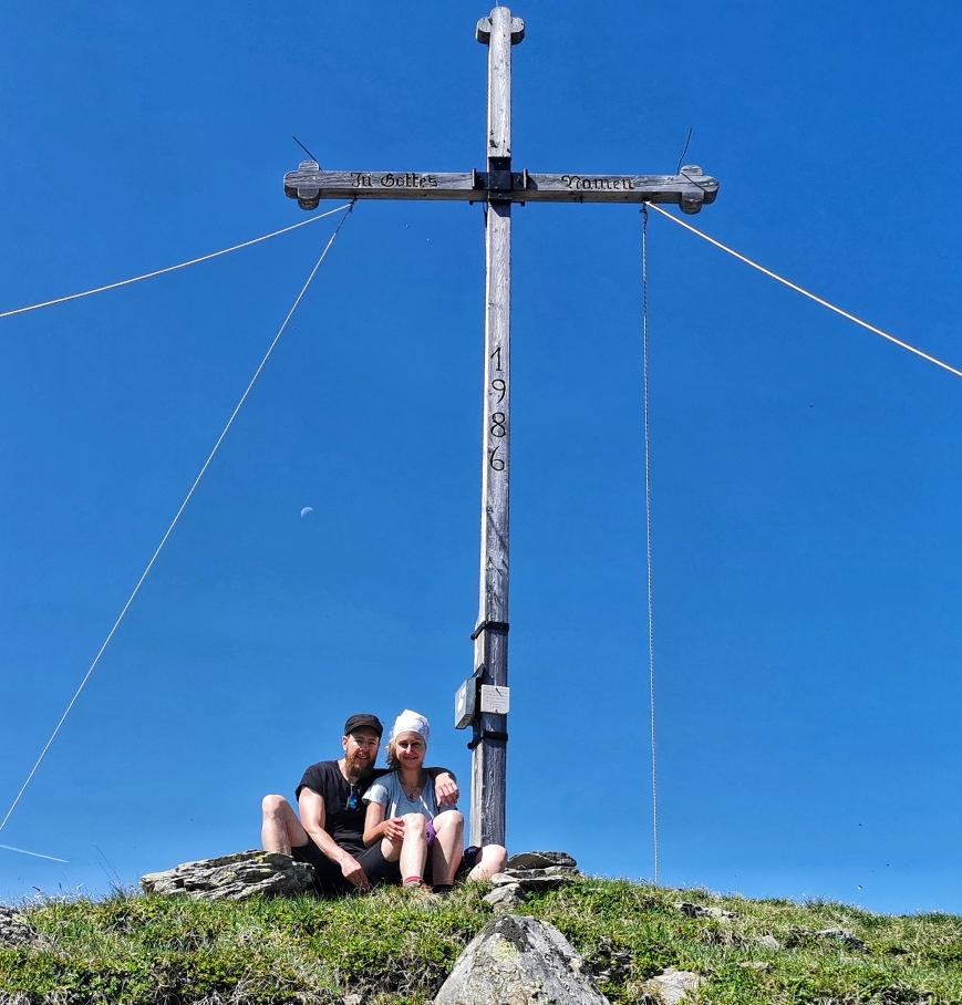Am Gipfel des Zinseler auf 2.422m