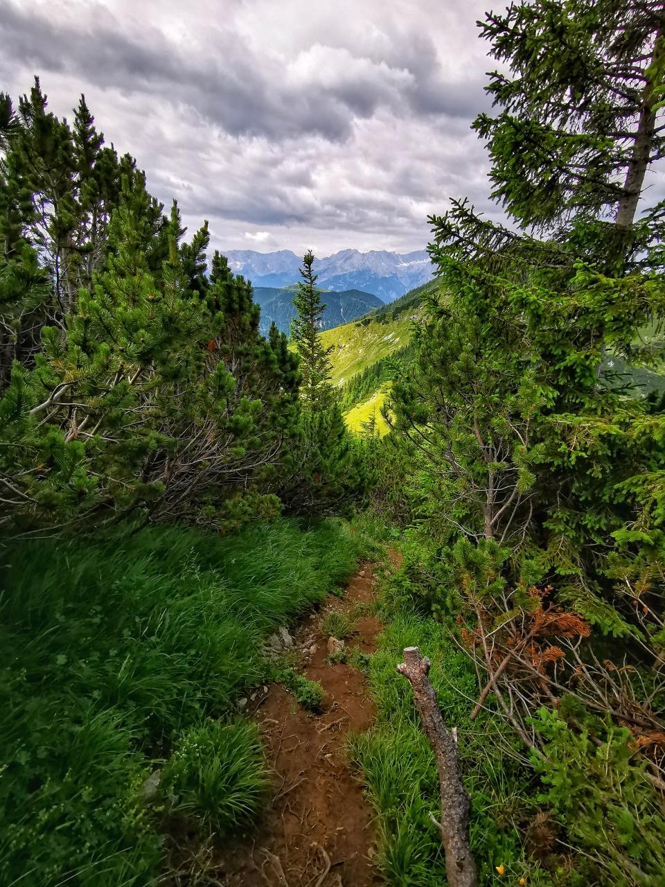 Auf dem Grat zwischen den Gipfeln