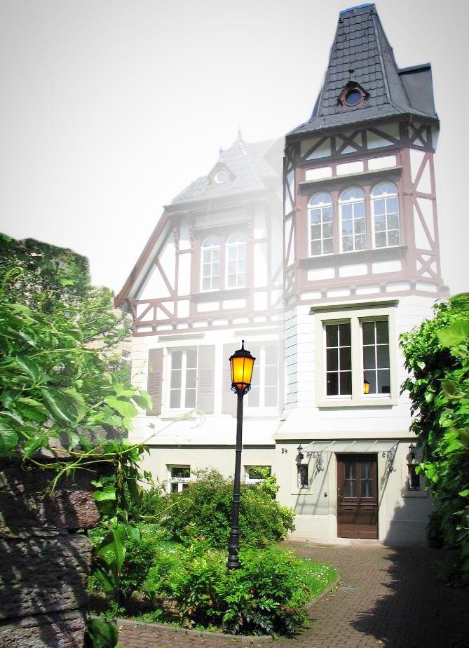 im Gartenhaus der Stadtbibliothek