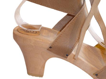 détail sandale talon bois femme semelle compensée modèle Eléa