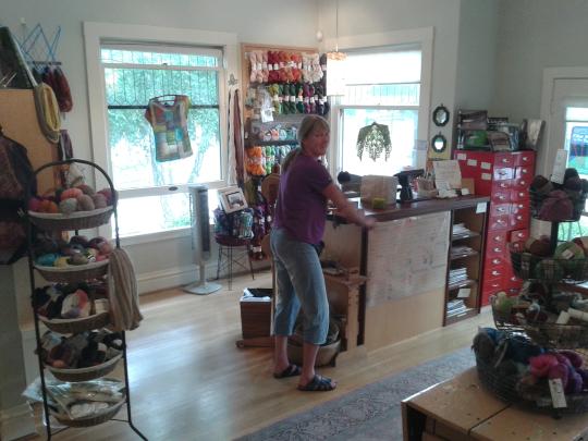 Winding my Ella Rae yarn at Loop&Leaf in Santa Barbara, California, June 2014