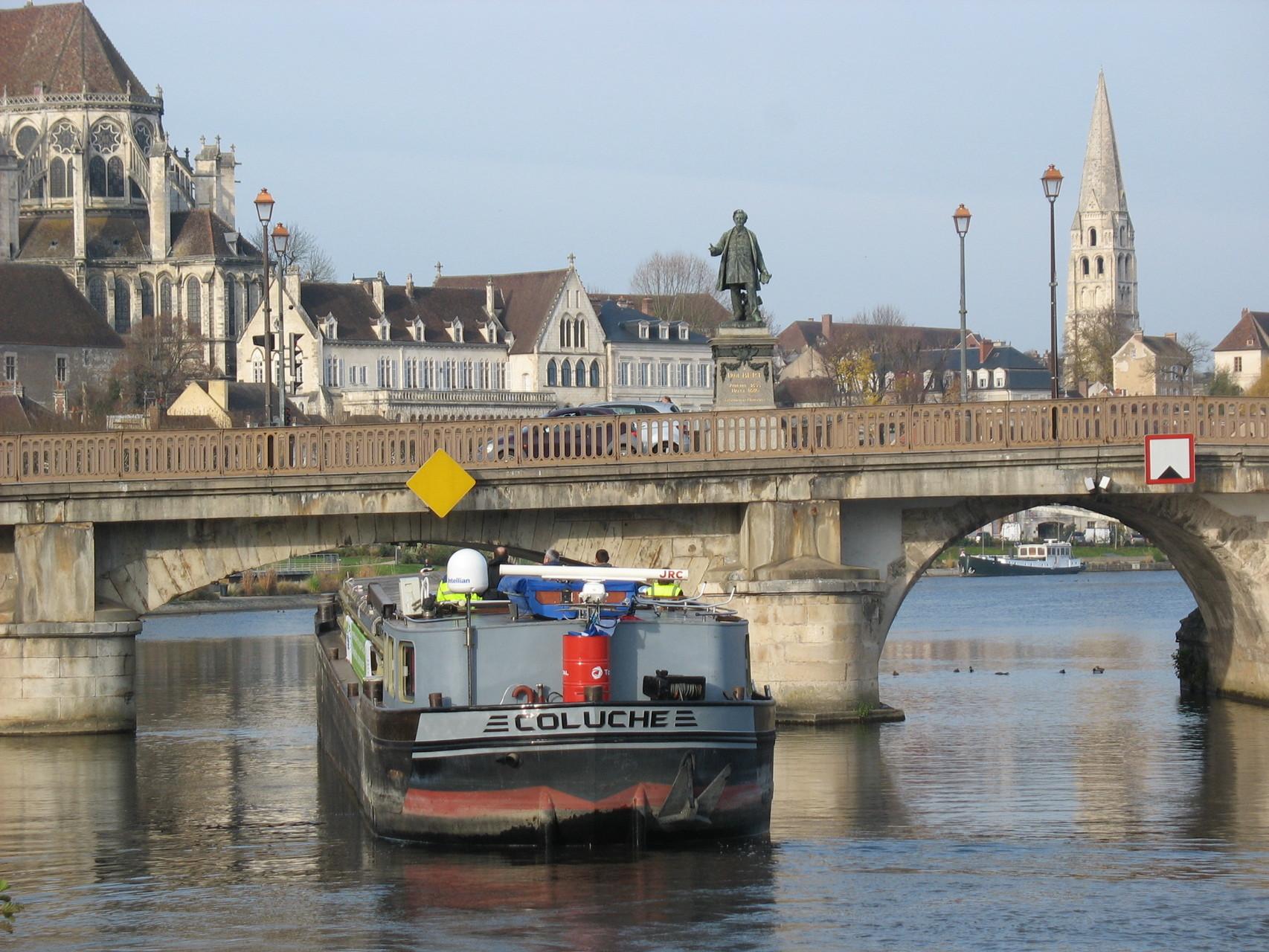 puis du pont Paul Bert