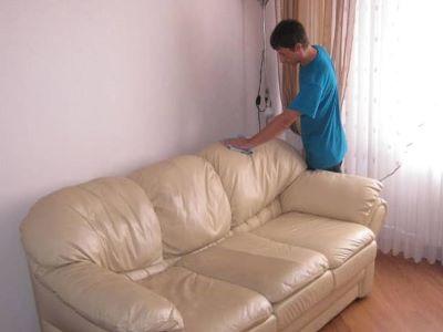 чистка кожаной мебели с выездом на дом в Москве и Московской области