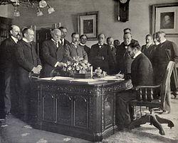 Tractat de París 1898