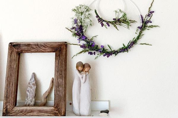 ↞ Moderner DIY Wildblumen-Kranz mit Metallringen ↠