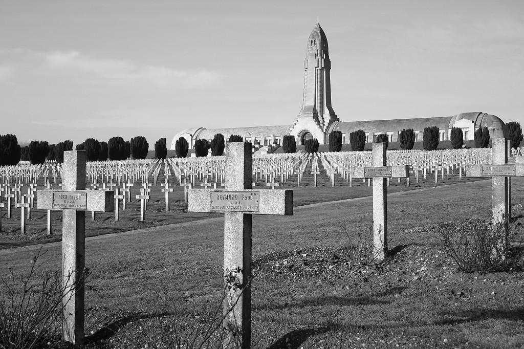 Beinhaus von Douaumont und Kriegsgräber